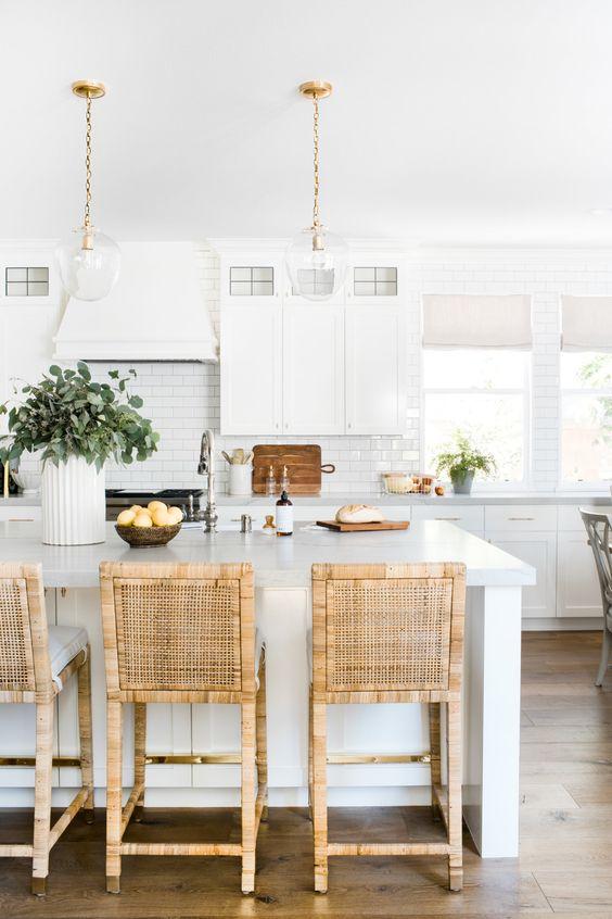 Modern coastal decor in the kitchen - Viola Remodel - Gallery — Home | Livingston Interiors