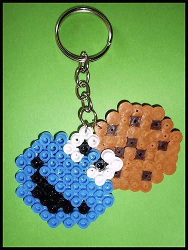 Llavero MONSTRUO de las GALLETAS / COOKIE MONSTER key-ring hama beads
