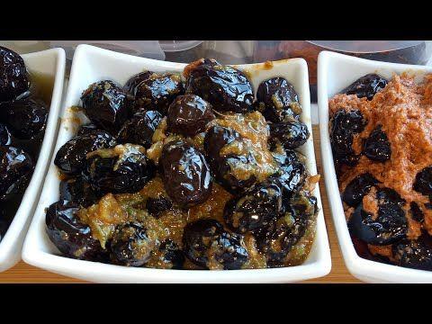 الزيتون الاسود مشرمل بثلاث انواع كل وحدة تنسيك في الأخرى نوعي بيها طبيلة الفطور او الكوتي Youtube Food Breakfast