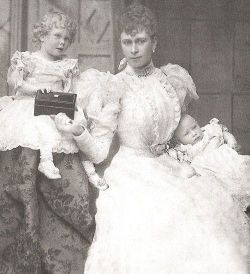 Queen Mary with her sons David and Albert