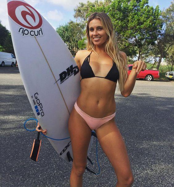 Alana Blanchard, Surf, USA                                                                                                                                                      More