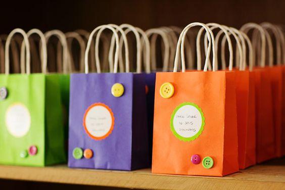 festinha-sapo-bola-rosa-roxo-amarelo-verde-laranja-dona-aranha-13