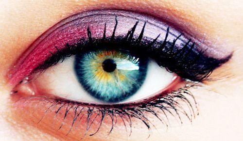 beautifully done eye makeup