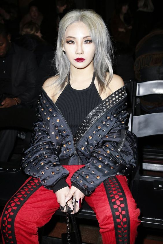 Sau Saint Laurent, CL xõa xượi đến dự show Alexander Wang - Ảnh 4.