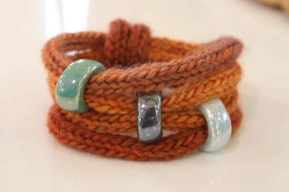 French Knitting With Beads : Tricotin bracelet could do with french knitting spool
