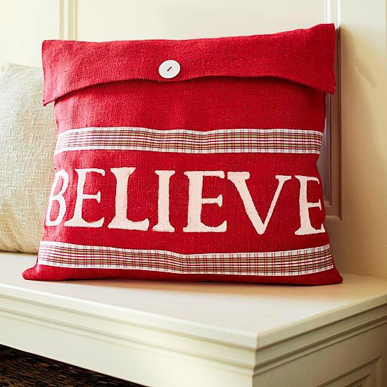 Colorful Holiday Pillow. I am going to make this!!!