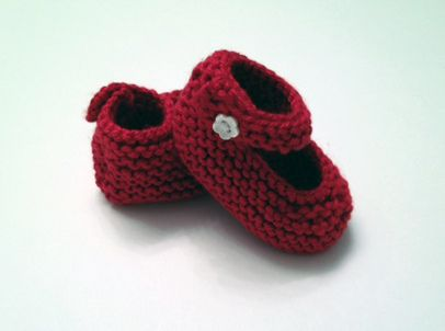 Finished baby Janes;      Free pattern found here:  www.stitchnationyarn.com/Patterns/baby-janes.html