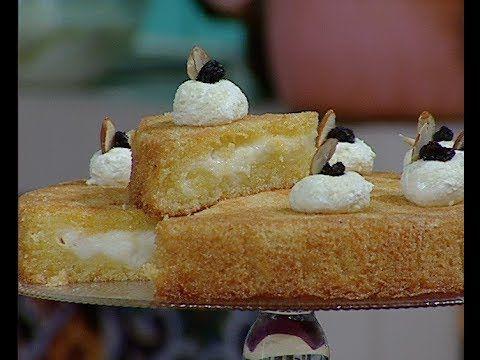 طريقة عمل البسبوسة بطريقة الشيف محمد حامد مطبخ أتوسه على قد الايد Food Desserts Breakfast