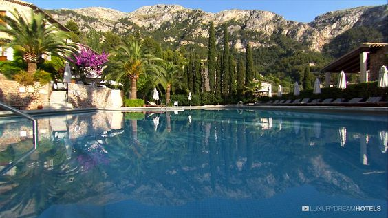 Sheltered by green mountains on Mallorca's peaceful north-west coast, Belmond La Residencia is one of Spain's finest luxury boutique hotels. #luxuryhotel #hotel Hotel La_Residencia – Palma de Mollorca – Spain