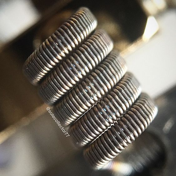 """A few more fused claptons going on my eBay later today...this one is 2/26 clapton with 34g nich60 lightly flatten..dual coil 0.12ohms #vape #vaping…"""