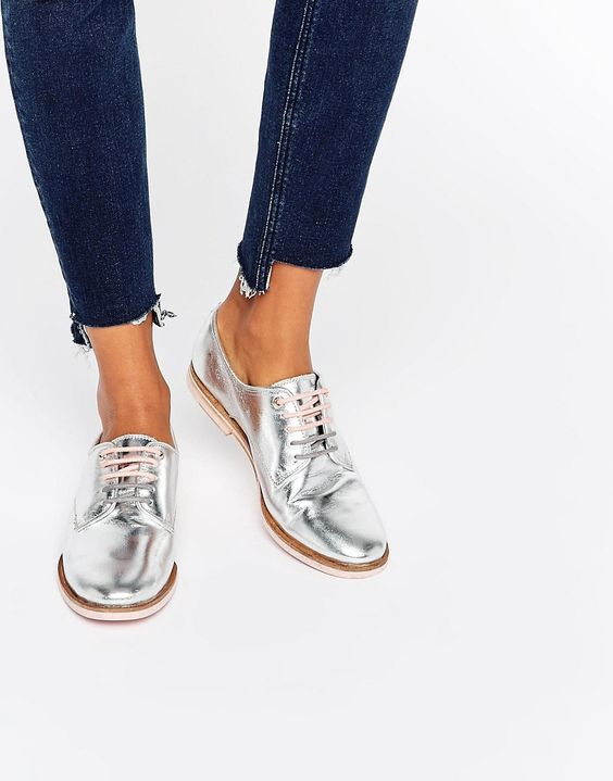 Image 1 ofTed Baker Loomi Leather Lace Up Flat Shoes