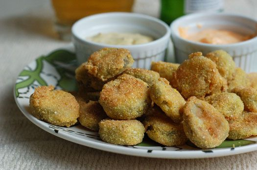 mmmm... fried pickles and sauces to dip them in.