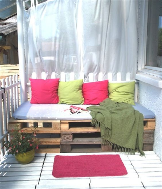 pallet balcony furniture pallet sofa do same concept but