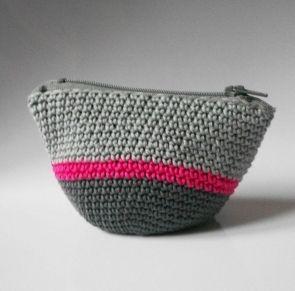 Le porte-monnaie en crochet tuto - Tricot & crochet - Pure Loisirs