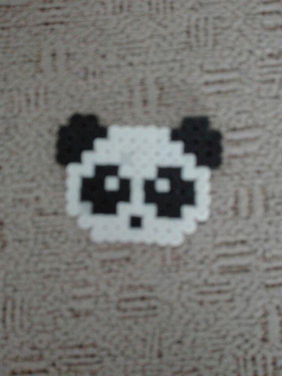 Panda hecho de hama beads