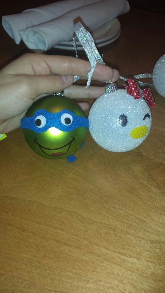 Kids ornaments all done!