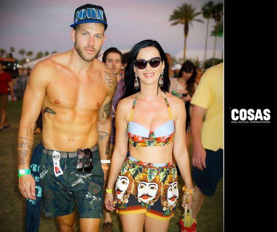 Desde Lindsay Lohan hasta Katy Perry, entérate de las celebridades que fueron a Coachella. http://bit.ly/1lwAno7