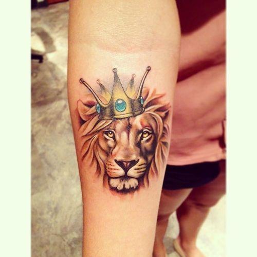 Lion Tattoos On Arm Simple