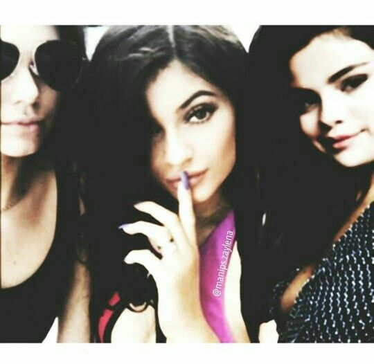 Kendall Jenner, Kylie Jenner and Selena Gomez manip