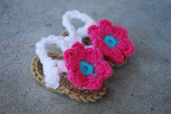 Crochet Baby Flower Sandals adorable!!