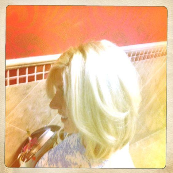 Blonde volume bob