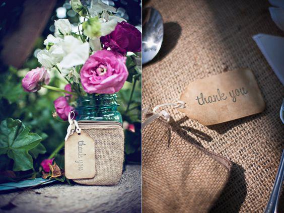 rustic chic wedding ideas burlap decor details wedding guest favors