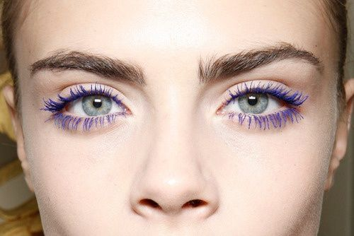 I lived in blue mascara for my entire youth... I MUST buy it again!