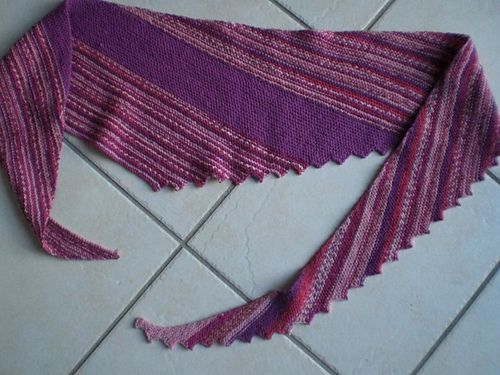 Ravelry: Project Gallery for Hitchhiker pattern by Martina Behm