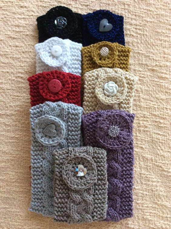 Knitted headband, Buttons and Blue ivory on Pinterest