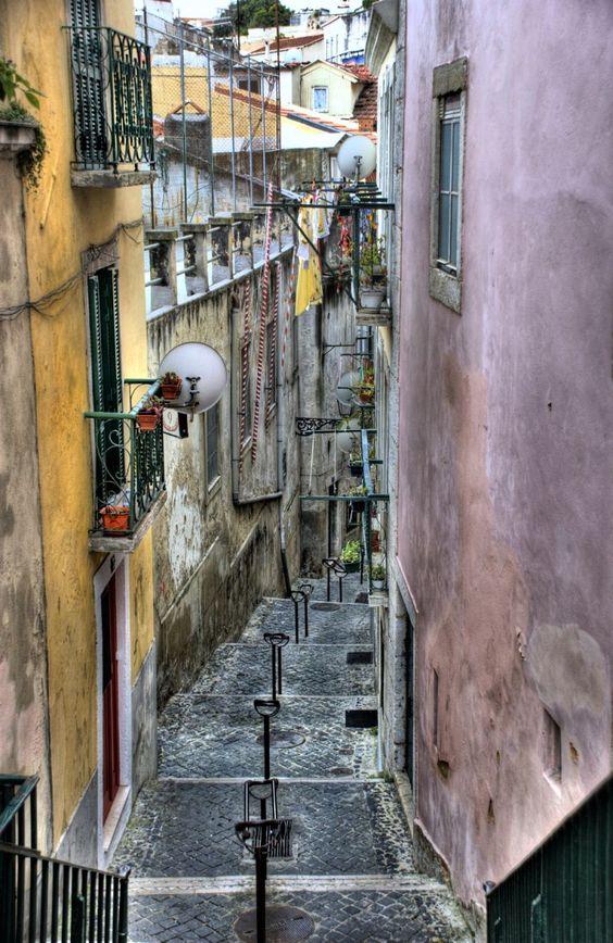 Beco dos Loios, Castelo, Lisboa.