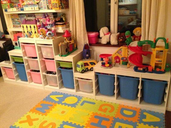 rangement salle de jeux id es de rangement and salles de jeux on pinterest. Black Bedroom Furniture Sets. Home Design Ideas