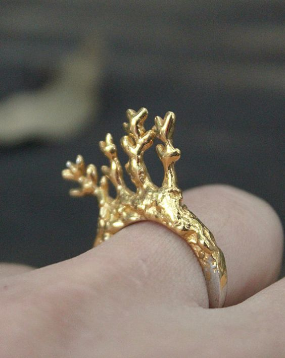 Twigs in a ring Sterling silver ring with 24K gold by ikcha — Designspiration