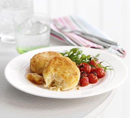 Cheesy bean burgers - butter beans / onion / garlic / Wensleydale cheese / flour / egg / breadcrumbs / cherry tomatoes / rocket