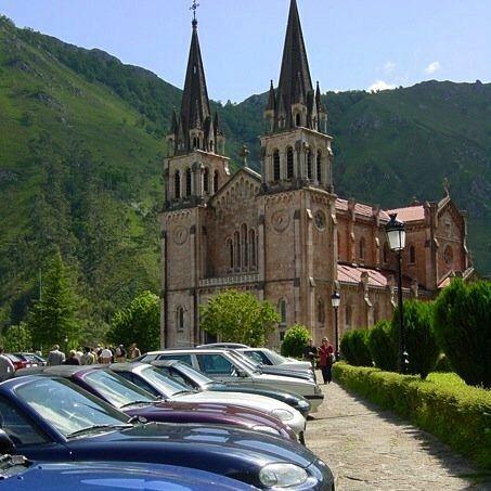 El Santuario de Covadonga Asturias (España)