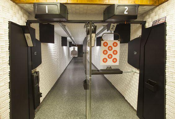 Indoor Shooting Range Photo By Robin Victor Goetz Www Gorvgp Com Campo De Tiro Poligono De Tiro Escondites