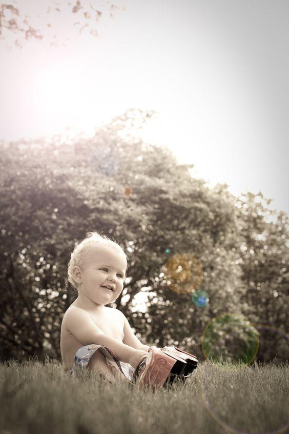little boys, park, natural light, family & lifestyle photography, Sydney Northern Beaches portrait & lifestyle photographer