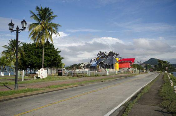 Biomuseo (Calzada de Amador, Panamá)  Proyecto: Frank Gehry