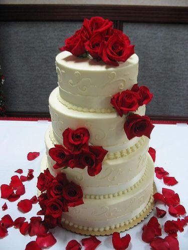 red roses, wedding cake Wedding ideas Pinterest ...