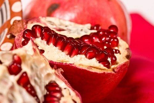 فوائد الرمان للحامل تعرفي عليها Food Desserts Pomegranate