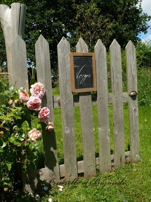 meilleures id es de la cat gorie portail palette cloture palette et sp cial potager sur. Black Bedroom Furniture Sets. Home Design Ideas