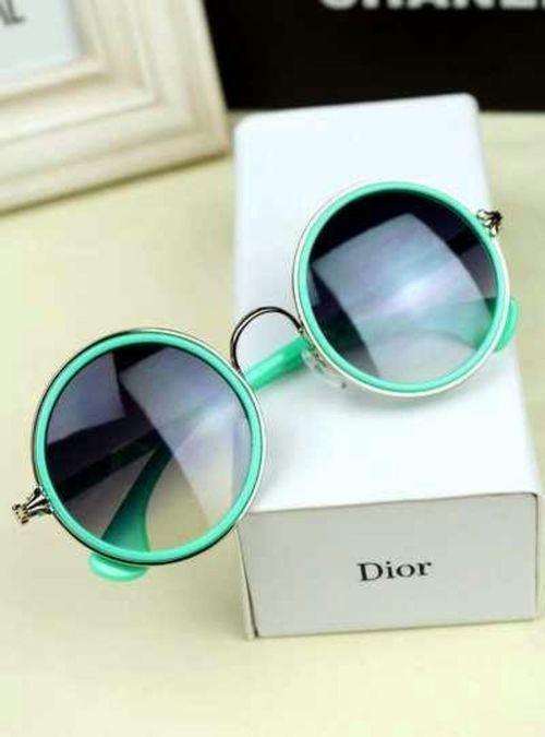 #gafas de sol redondas de @Dior #eyewear