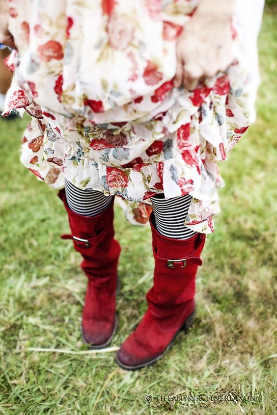 LOVE those boots!!