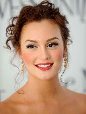 Leighton Meester's makeup.