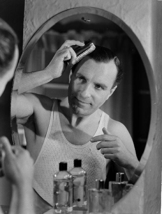 Fantastic Hairstyle Man Brushing And New Hairstyles On Pinterest Short Hairstyles Gunalazisus