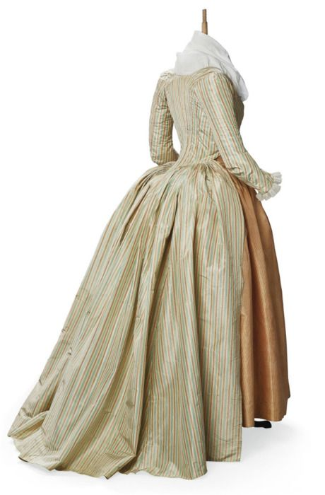 Robe a l'anglaise ca. 1790 From Christie's |Pinned from PinTo for iPad|: