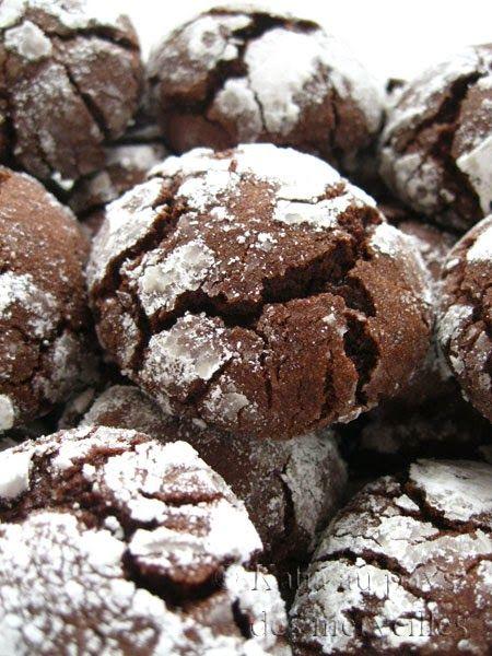 Katia au pays des merveilles: Biscuits craquelés au chocolat