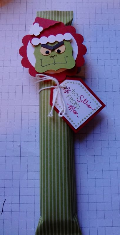 Grinch! Candy Bar Wrapper - also a Santa, Rudolph, and a Snowman. Adorable! (I also located an Angel too)