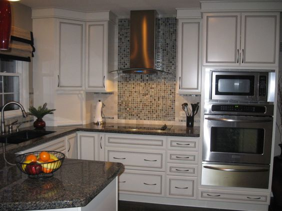 new caledonia granite Detroit Traditional Colour Schemes ...