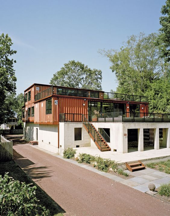 Shipping container home in Pennsylvania off the Delaware River //