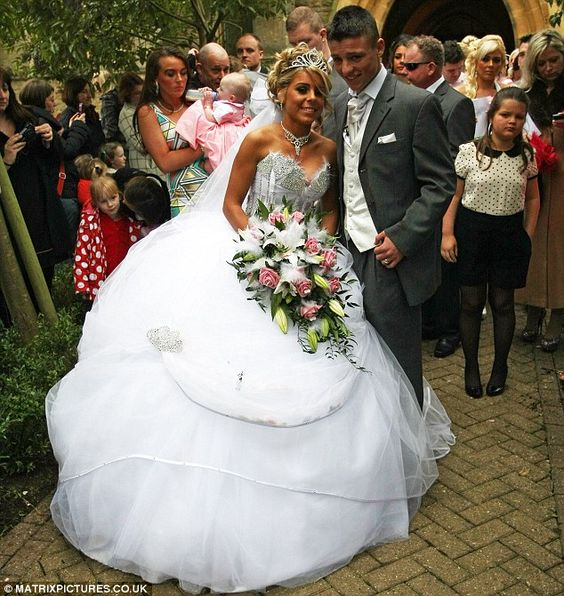 My big fat gypsy wedding star vows to burn huge white for Dress after wedding ceremony